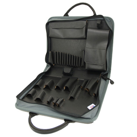 Carrying tool case